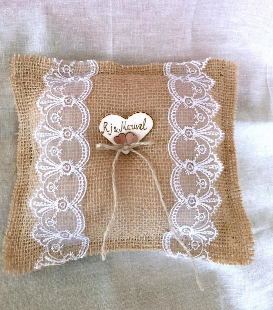 Mariage - Rustic wedding ring pillow burlap lace personalized wood heart
