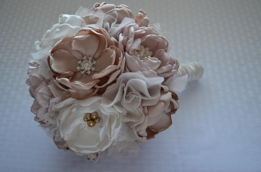 Mariage - Fabric Bouquet - Large Size -Champange, Pale Dusty Pink, and Cream - Heirloom bouquet, Bridal Bouquet, Vintage Style Wedding, Fabric Flowers