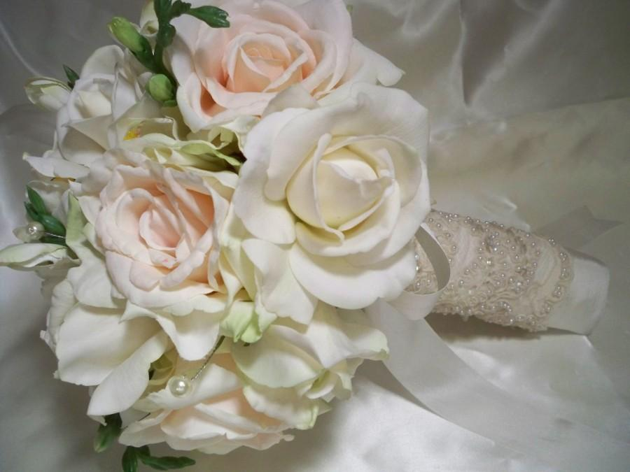 Mariage - Lovely  Realtouch  Roses and Blush Roses Bridal  Bouquet Set