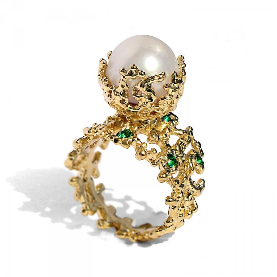 ring gold jewellery in diamonds oval emerald yellow