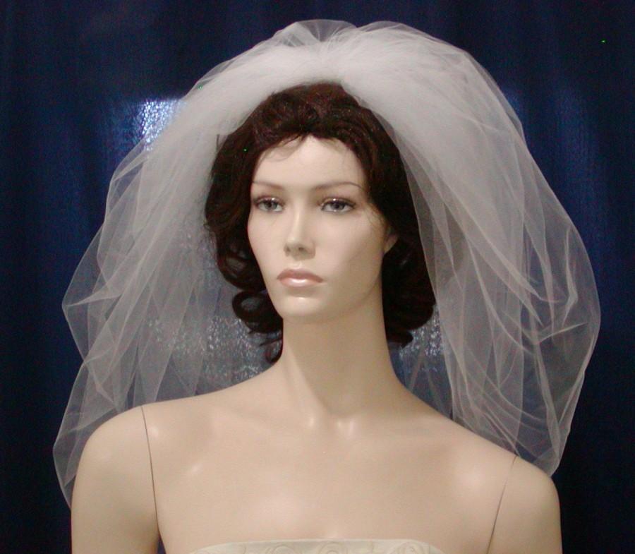 Hochzeit - White Bubble Veil Elbow  length