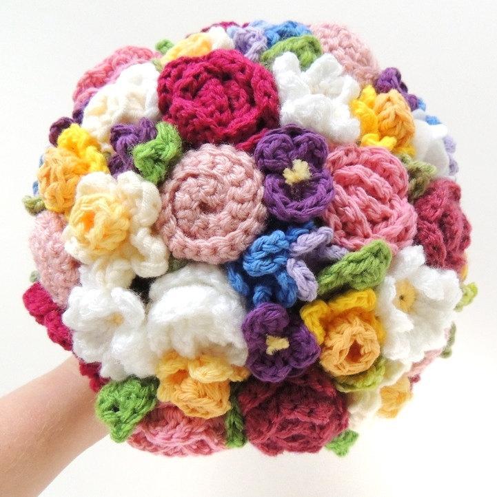 Hochzeit - Keepsake Crochet Wedding Bouquet - Bright Spring Colors, Elopement, Alternative Bouquet, Eco Bouquet