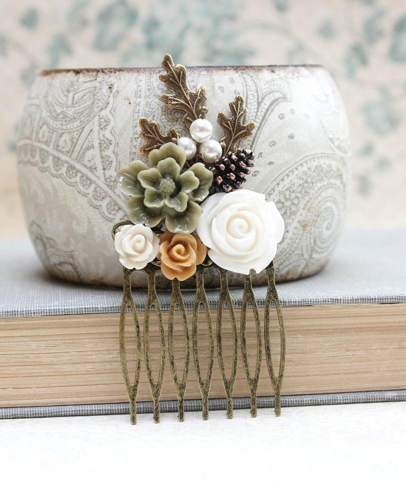 Hochzeit - Floral Hair Comb Leaf Comb Neutral Earth Tones Green Flower Hair Accessories Cream Rose Fall Autumn Woodland Wedding Pine Cone Nature Forest