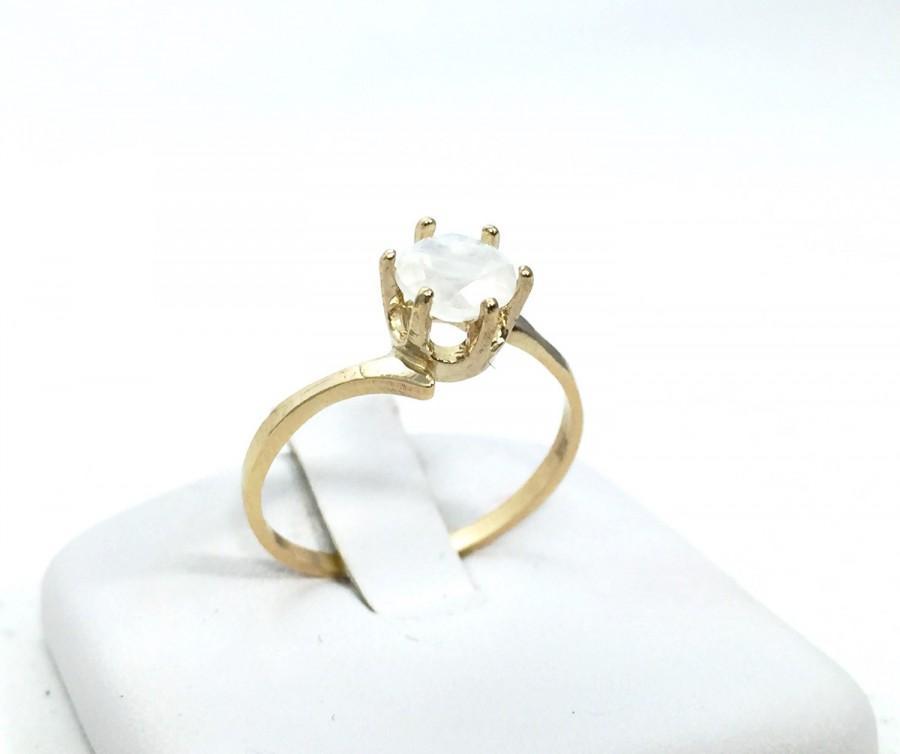 10k yellow gold rainbow moonstone ring gemstone