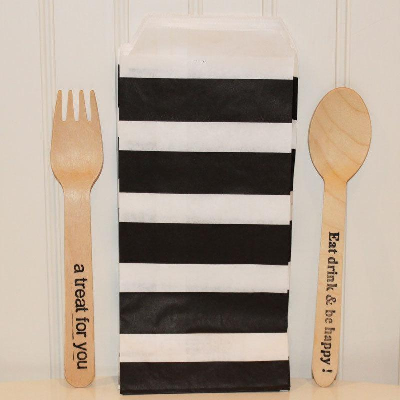 Свадьба - Silverware Bags, 20 Black Sailor Stripe Paper Silverware Bags, Paper Bags, Party, Spoon and Fork, Table Settings, Party Favor Bag, Trendy
