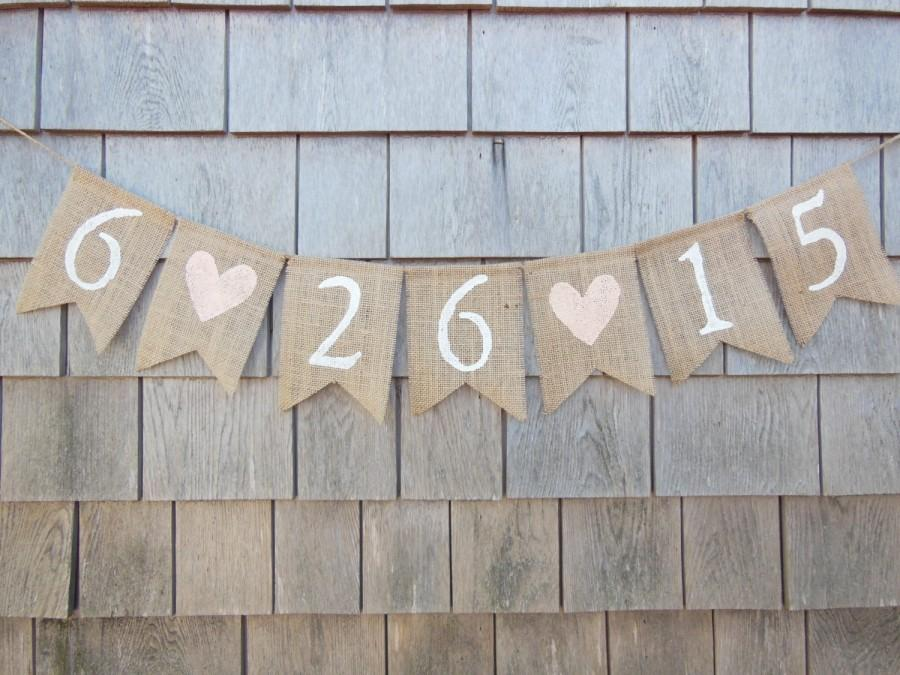 Свадьба - Save the date banner, Save the date bunting, Engagement Banner, Engaged Garland, Burlap Banner, Photo Prop, Shower Decor, Custom, Barn