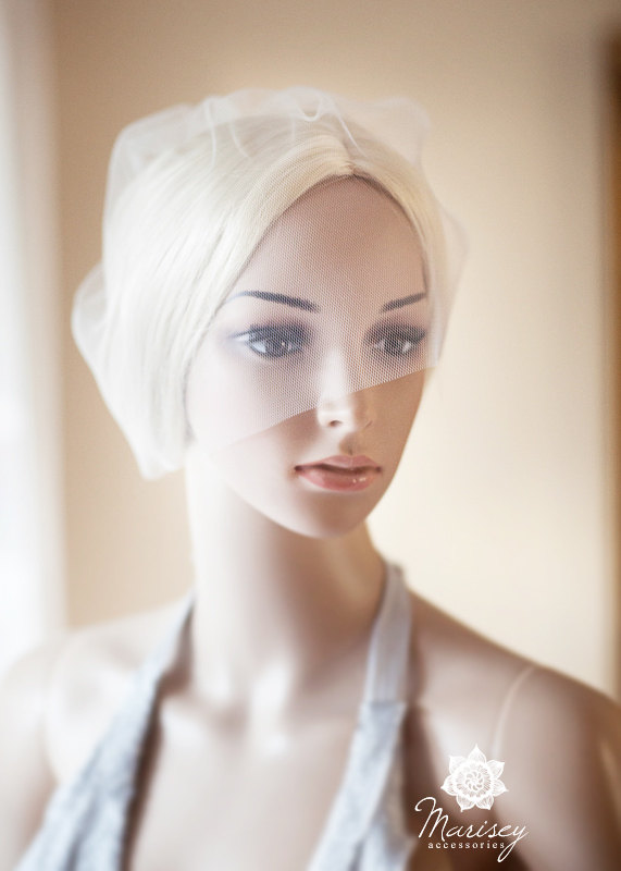 Hochzeit - Italian Tulle Veil, Blusher Veil, Birdcage Veil, Silk Wedding Veil, Small Veil, Mini Veil, ivory, white - Elise
