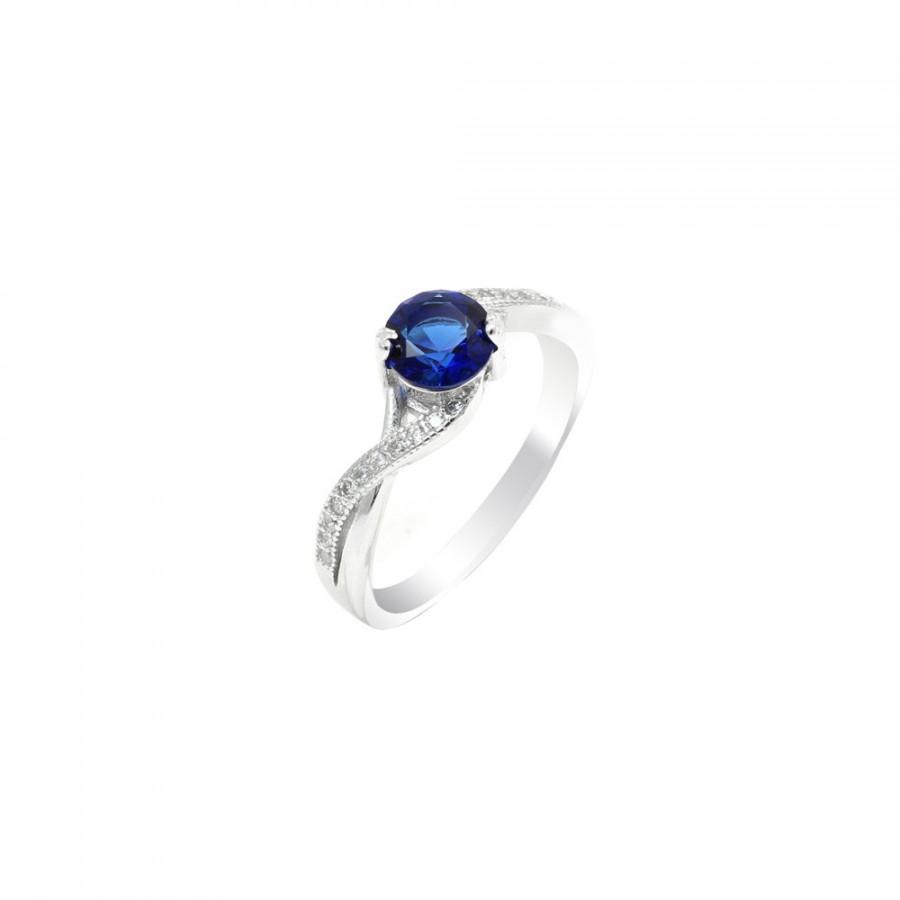 Mariage - 925 Sterling Silver 2.25 Carat Round Deep Blue Sapphire Russian Ice Diamond CZ Crisscross Band Wedding Engagement Anniversary Ring Love Gift