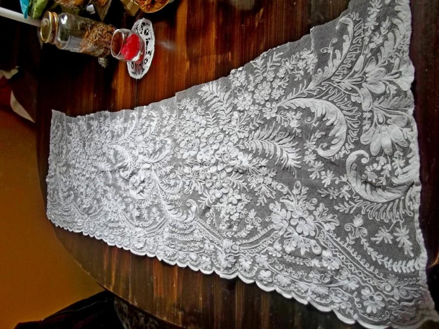 Свадьба - STUNNING Antique Victorian Heavily Hand Embroidered Cotton Tambour Net Lace Flounce/Shawl for Wedding Bridal