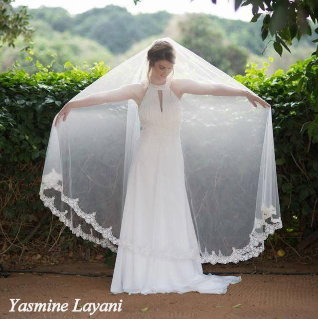 Свадьба - Bridal wedding veil, white wedding veil , handmade veil, lace veil, Ivory veil, handmade veil, custom made Ivory veil, Ivory wedding veil