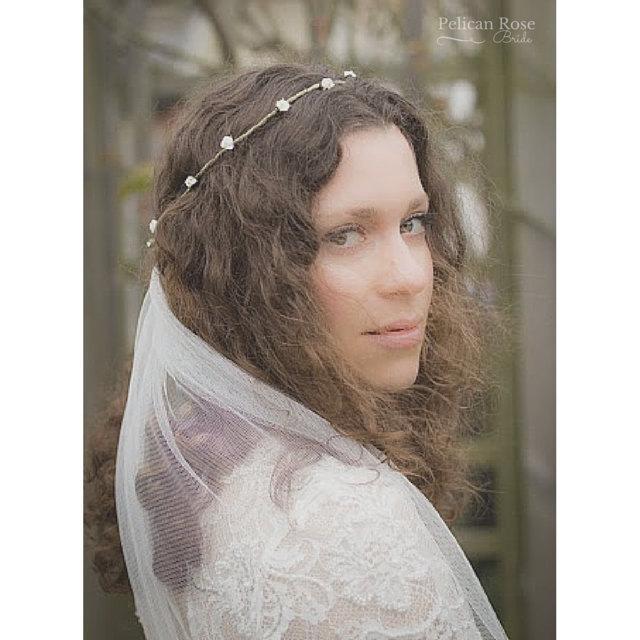 Свадьба - Boho bridal flower crown and veil - Pelican Rose Bride rustic rosebud bridal crown with attached white or ivory wedding veil