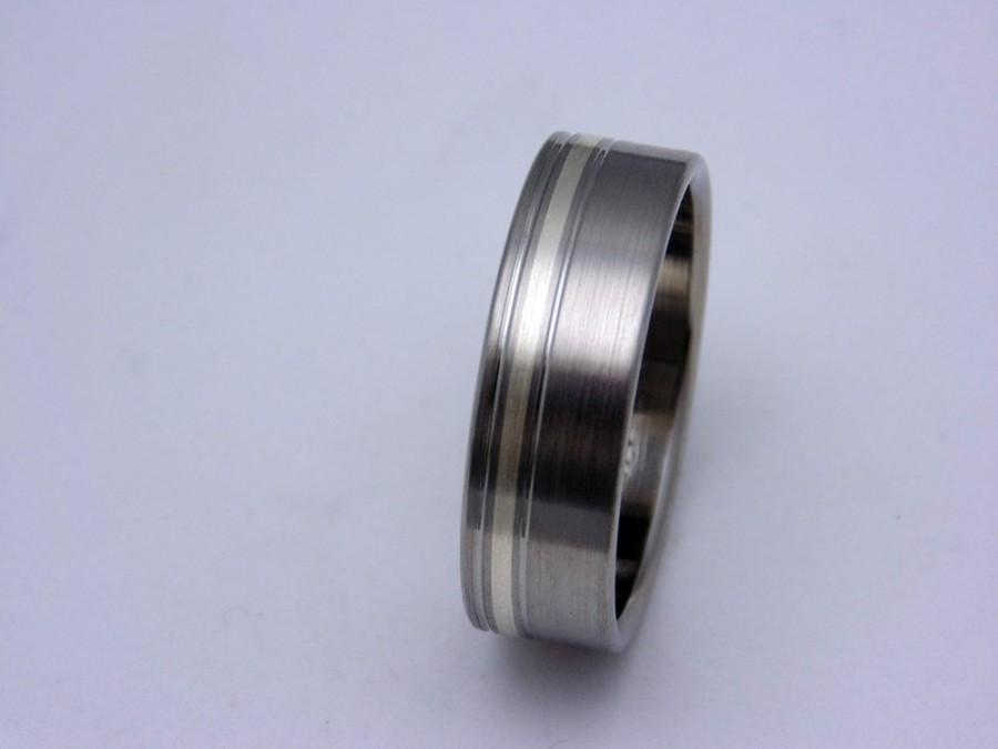 Свадьба - Satin finish, Titanium ring, Silver inlay, Wedding band, Gift for her, Gift for him, any occasion gift, Birthday gift idea