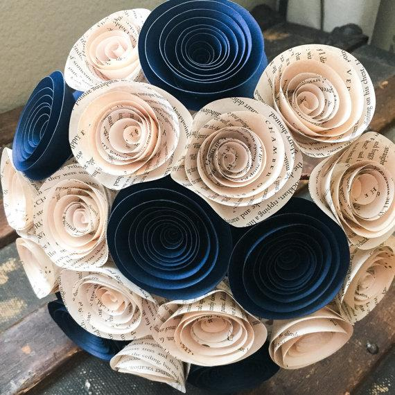 Свадьба - Paper Flower Bouquet - Wedding Bouquet Alternative - Wedding Bouquet - Paper Bridal Bouquet - Paper Flowers - Book Page - Navy Blue