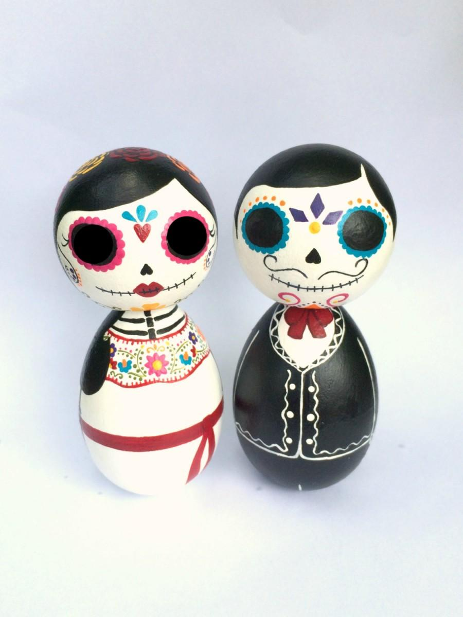 Hochzeit - Day of the Dead Sugar Skull Large Kokeshi Doll Wedding Cake Toppers