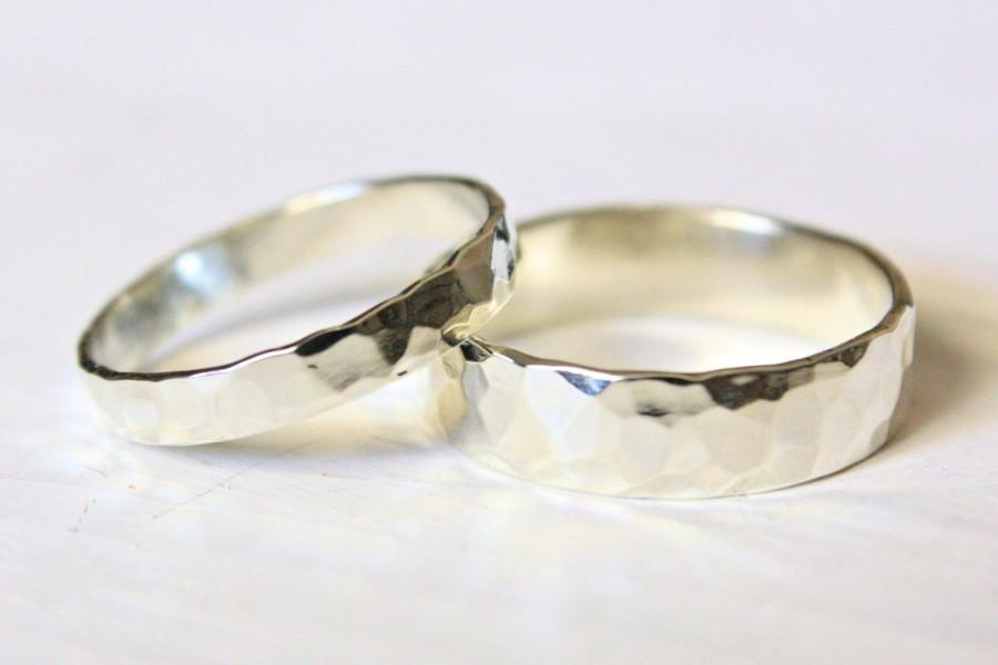 hammered silver wedding rings set of two rings his and hers eco friendly recycled sterling silver matching wedding bands - Eco Friendly Wedding Rings