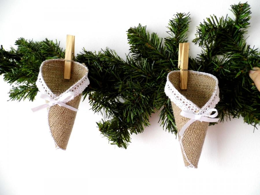 Свадьба - Advent Calendar, Burlap, Rustic Advent Decoration, Rustic Christmas Decoration, Advent Calendar Cones, Country Home, Mantle Decoration