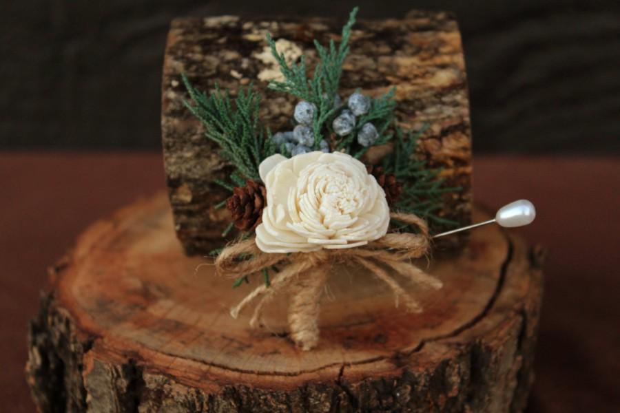 Свадьба - Rustic Winter Sola Flower Groomsmen Boutonniere, Woodland Boutonniere, Dried Flower Boutonniere, Wedding Boutonniere, Groomsmen Boutonniere