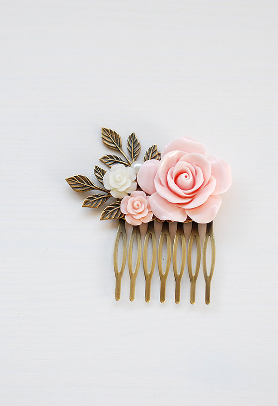 Mariage - Pink Rose Hair Comb Blush Pink Wedding Hair Accessory Bridal Hair Comb Bridesmaid Hair Accessory Antique Gold Leaf Hair Comb French Country