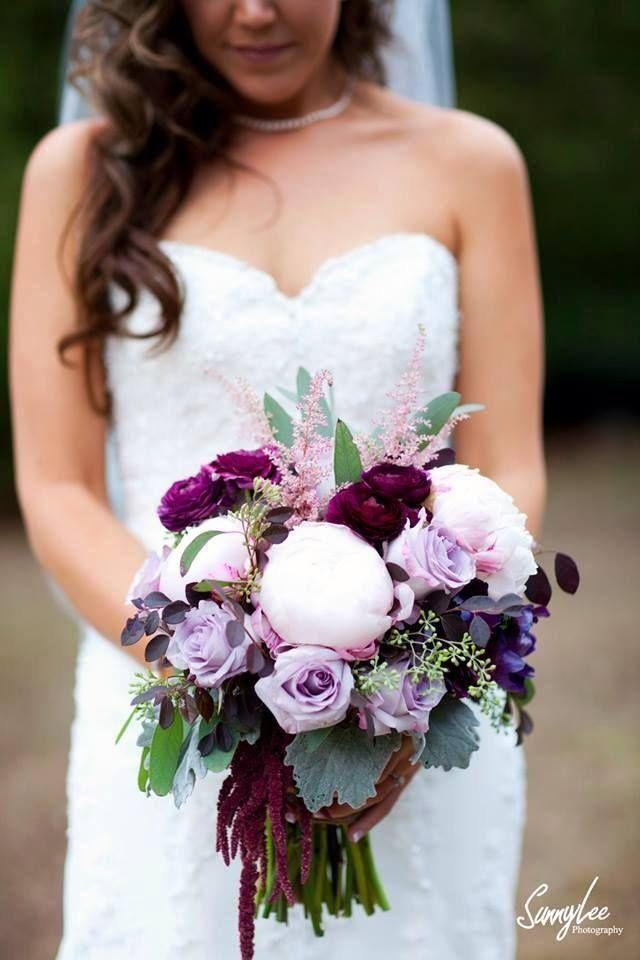 Hochzeit - Too Pretty To Miss Purple Wedding Bouquets