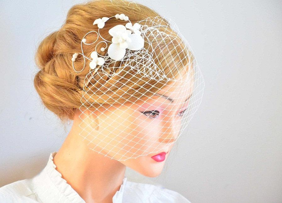 Wedding - Birdcage veil headband Bridal veil fascinator Simple fascinator with veil Bridal headpiece Head piece  White fascinator Flower headpiece