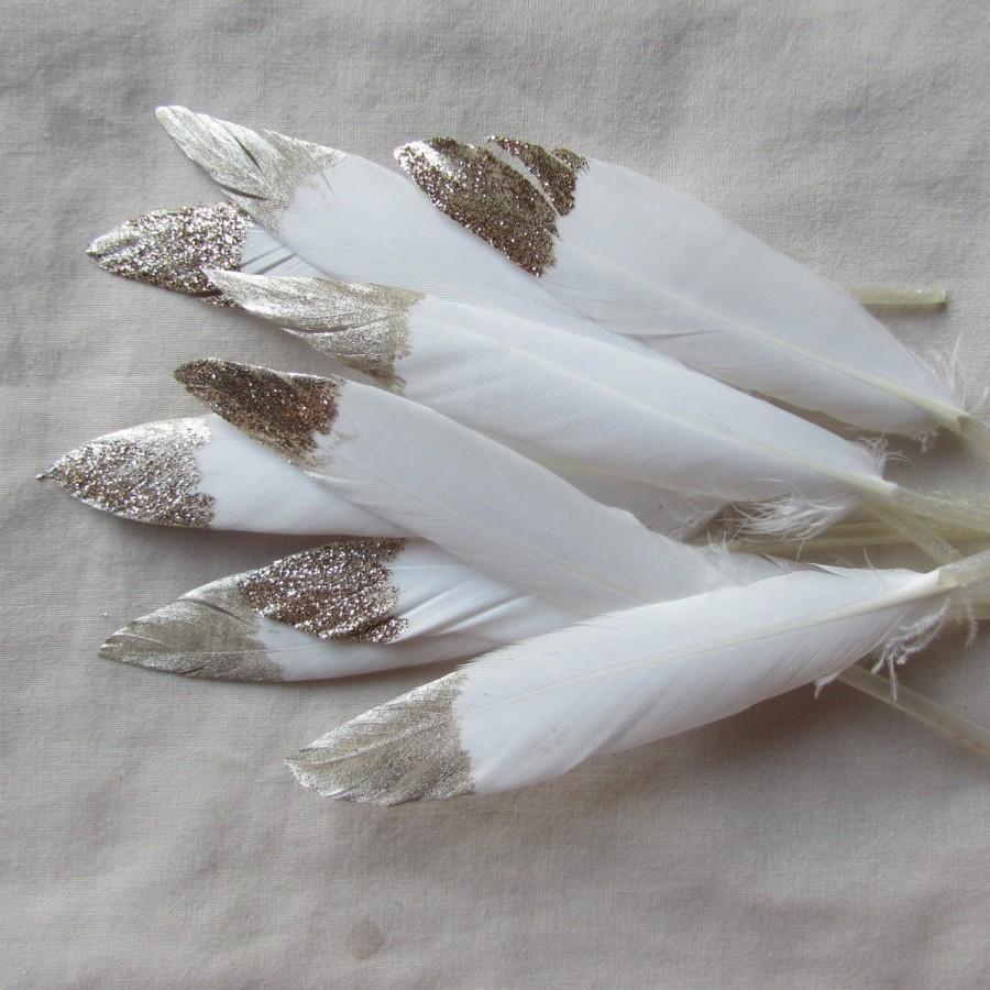 Boda - Wedding Decorations - White & Gold Feathers