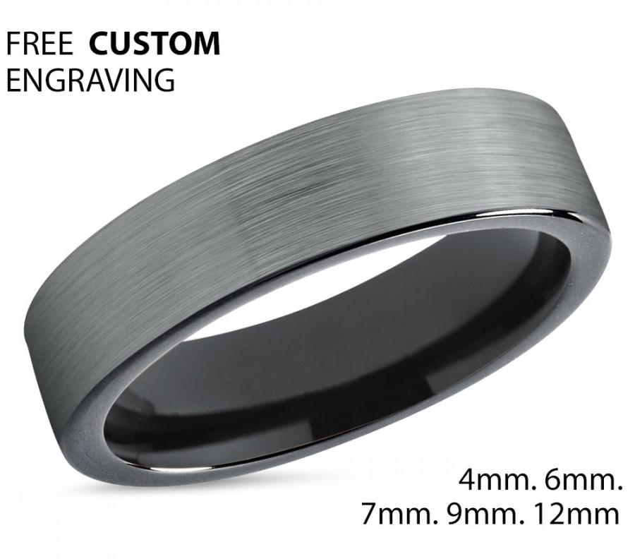 Mariage - Tungsten Ring Mens Brushed Silver Black Wedding Band Tungsten Carbide 4mm  Wedding Band Male Women Anniversary Matching
