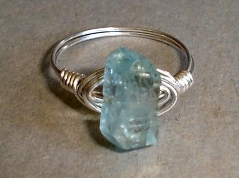 Mariage - Aquamarine  Ring Icy Blue Faceted Nugget Sterling Silver Wire Wrapped Aquamarine