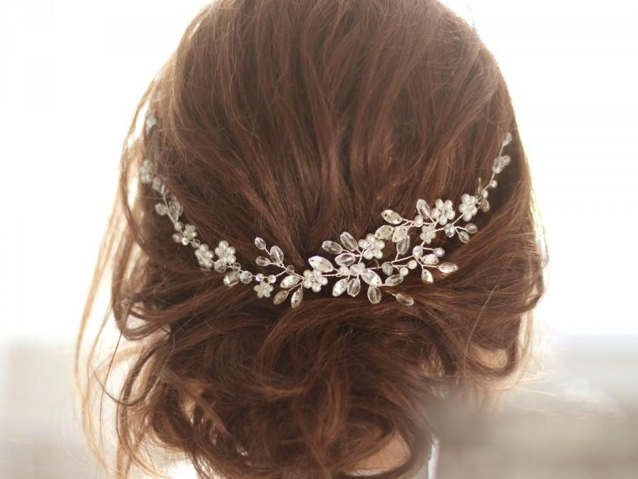 Свадьба - Bridal Headpiece, Crystal Bridal Hair Piece, Cristal and Pearl Bridal Headpiece, Bridal Hair Halo, Crystal and Pearl Wedding Hair Piece.