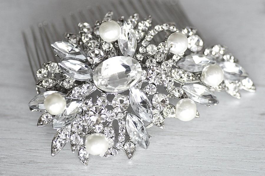 Свадьба - Crystal & pearl wedding hair comb. Bridal floral pearl comb. Wedding jewelry. Bridal hair piece