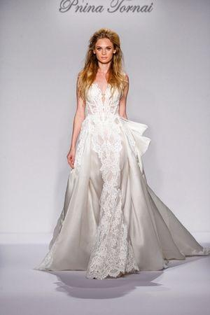 Wedding - The Largest Selection Of Wedding Dresses On The Go!