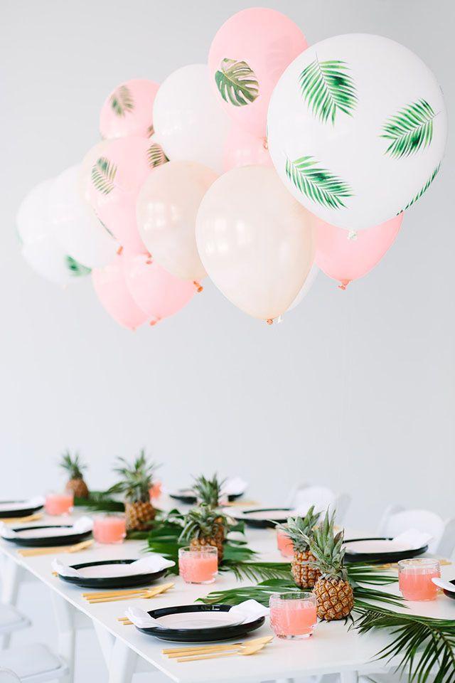 Свадьба - Pretty Palm Fronds Party Decor   DIY Decoupage Balloons!