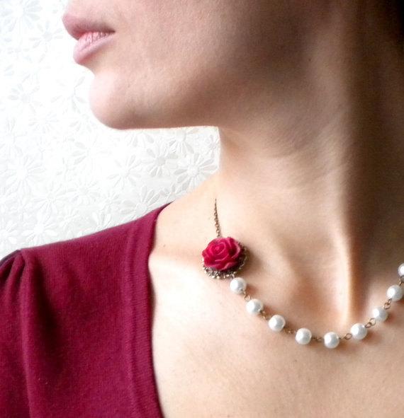 زفاف - Burgundy Necklace Pearl Bridesmaid Necklace Rose Wedding Jewelry Flower Bridal Necklace White Beadwork Necklace Maid Of Honor Necklace