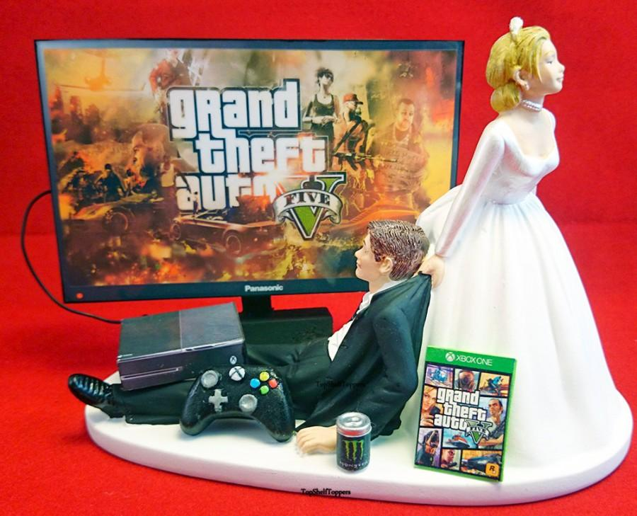 Свадьба - Funny Gamer Wedding Cake Topper Bride and Groom GTA Xbox One /Ps4