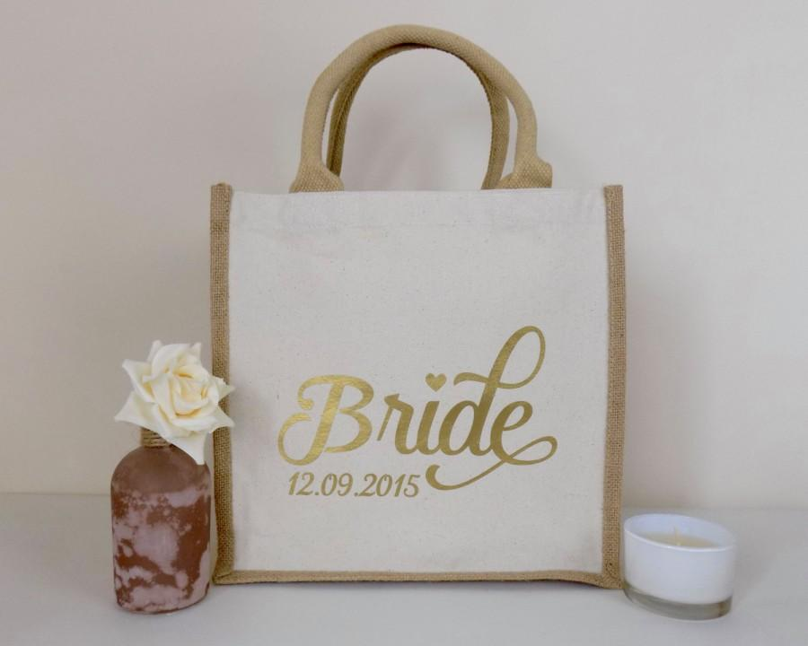 Свадьба - Personalised Bride Jute Bag Ideal for A Wedding Gift - Cotton Cavnas Shopping Bag Bride Design - Personalized Wedding Date
