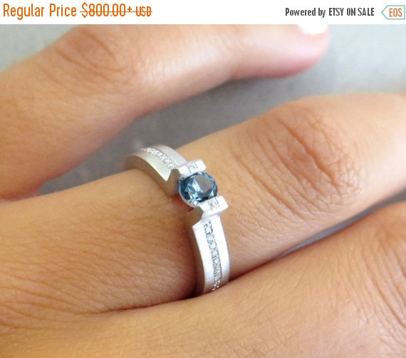 Hochzeit - ON SALE Blue topaz engagement ring, 14K white gold, Geometric diamond ring, Solitaire engagement ring, Unique diamond ring, Modern engagemen