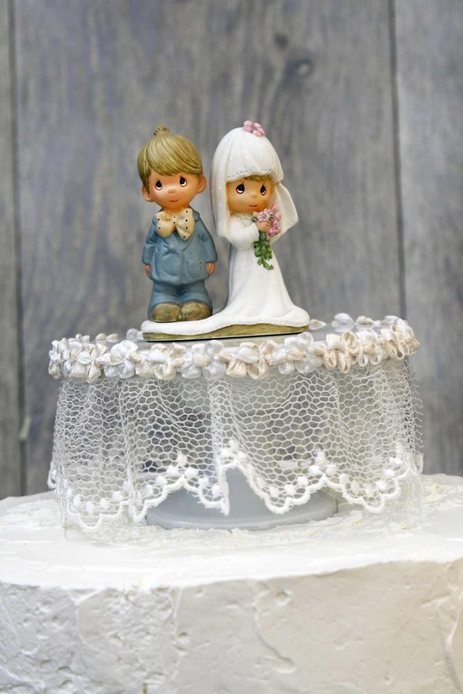 Hochzeit - Precious Moments Lace Wedding Cake Topper - 103618