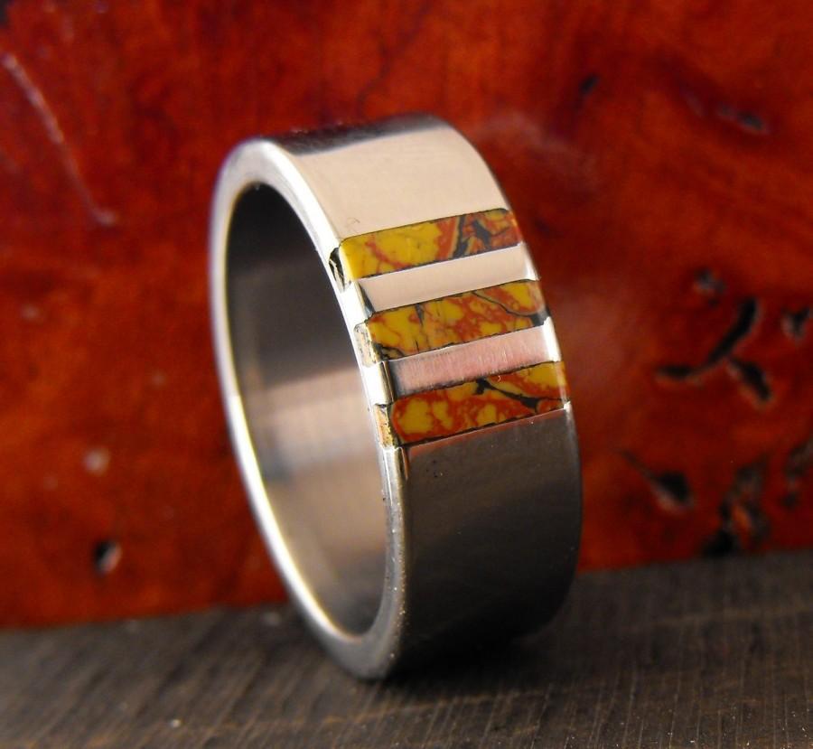 Свадьба - Titanium Ring, Dinosaur Bone Ring, Wedding Ring, Mens Ring, Womens Ring, Custom Made Ring, Wedding Band Set, Engraved Ring, His and Hers