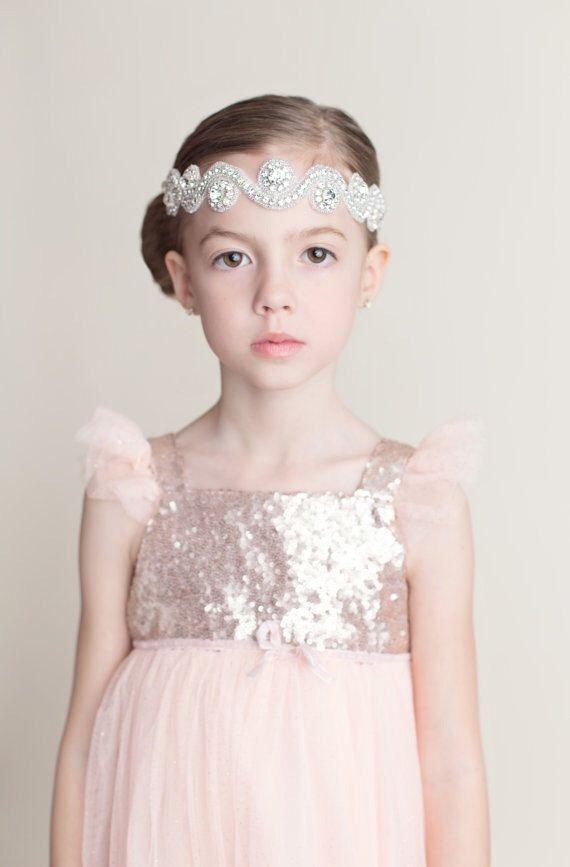 02d914c661 Ideas - 12 Adorable Flower Girl Hair Accessories  2527635 - Weddbook