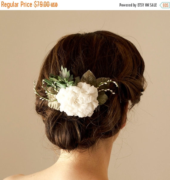 Mariage - SHOP CLOSING SALE Woodland Bridal Hair Comb Nature Inspired Silk Flower Wedding Hairpiece Floral Haircomb Garden Wedding Hair Accessories