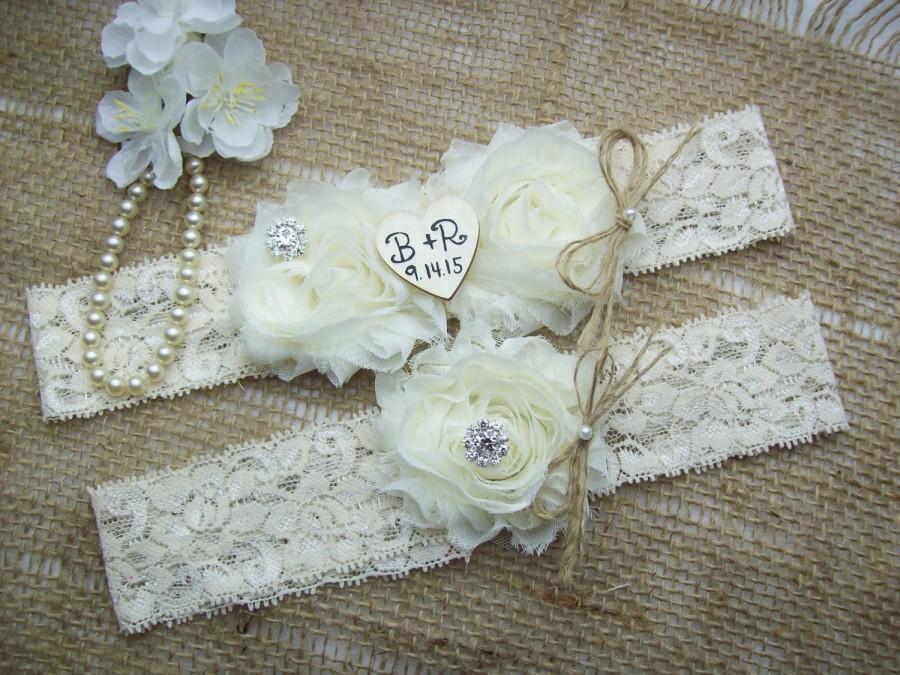 Свадьба - Rustic Personalized Wedding Garter Set,Country Chic Garter Set,Monogrammed Wedding Garter Set