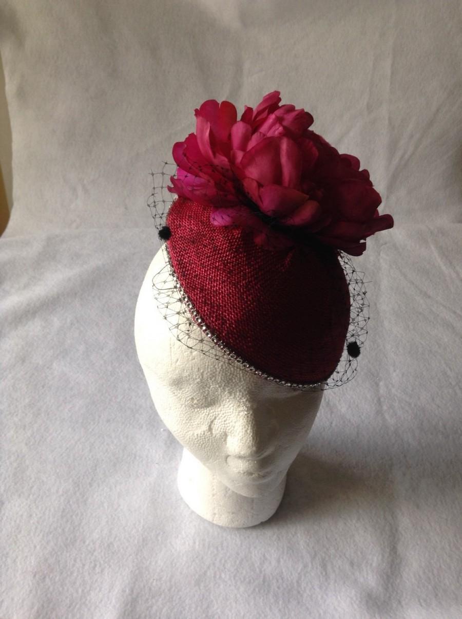 Mariage - Raspberry Kentucky derby large flower birdcage fascinator hat- Raspberry wedding dotted birdcage fascinator headpiece