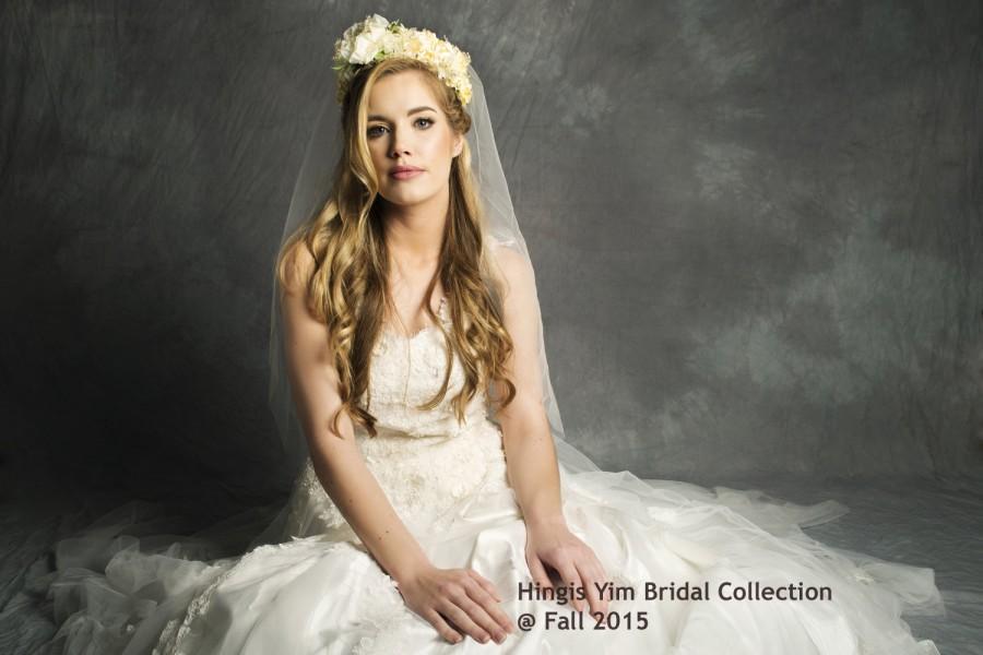 زفاف - Ivory Bridal Wedding Chapel 1Tier / Single layer soft tulle veil with Ivory & Champagne Floral Crown Tiara / Head band for sale