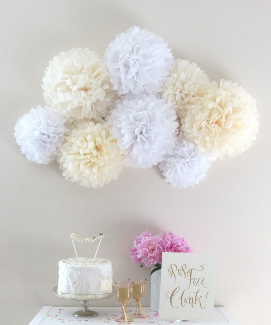 Hochzeit - Purely Chic Pom-Pom Collection - 8 Piece Collection - White and Cream - Weddings - Photo Backdrop - Photo Prop - Bridal Shower - Nursery