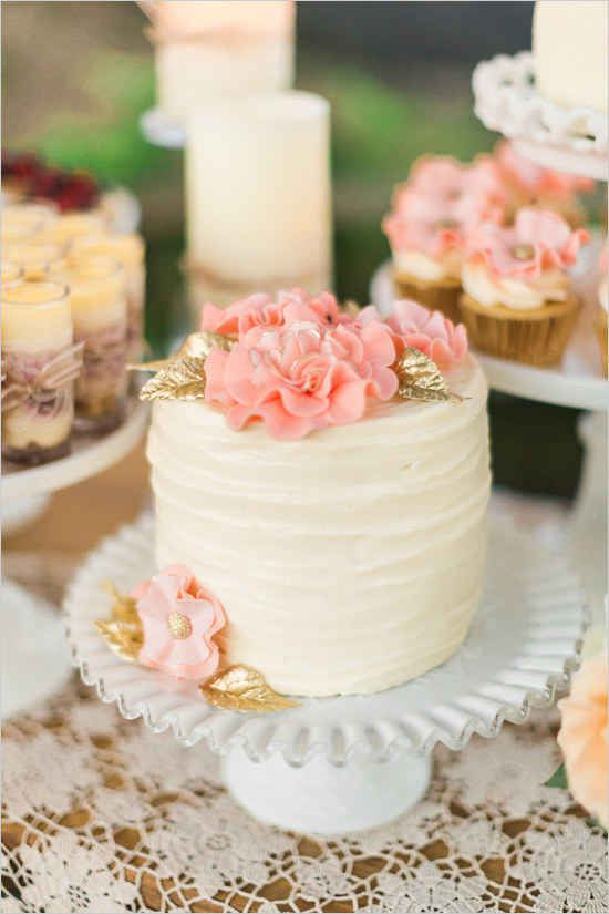 Cake - 24 Spectacular One-Tier Wedding Cakes #2528261 - Weddbook
