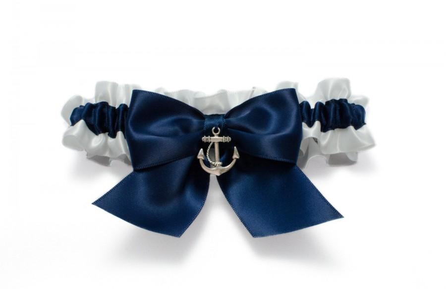 Свадьба - Wedding garter - bridal garter - navy blue and white garter and silver anchor - navy blue garter - navy blue nautical garter - anchor garter