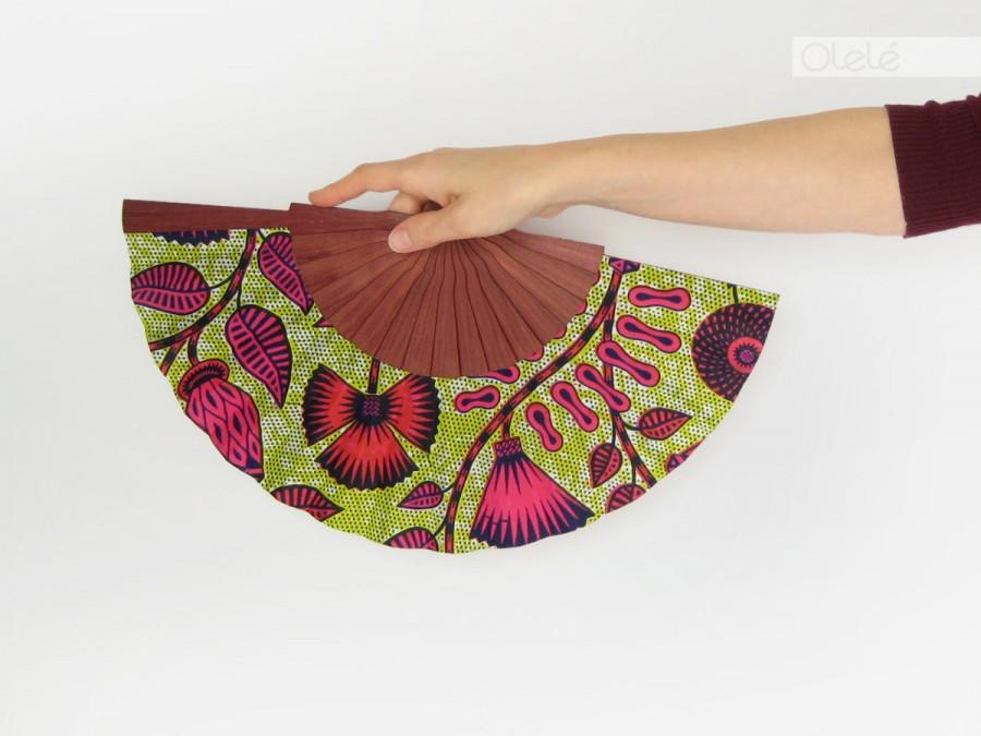 Mariage - African wax print accessory - Spanish hand fan with case by Olelé - Neon Flowers - Urban fashion Spring Summer