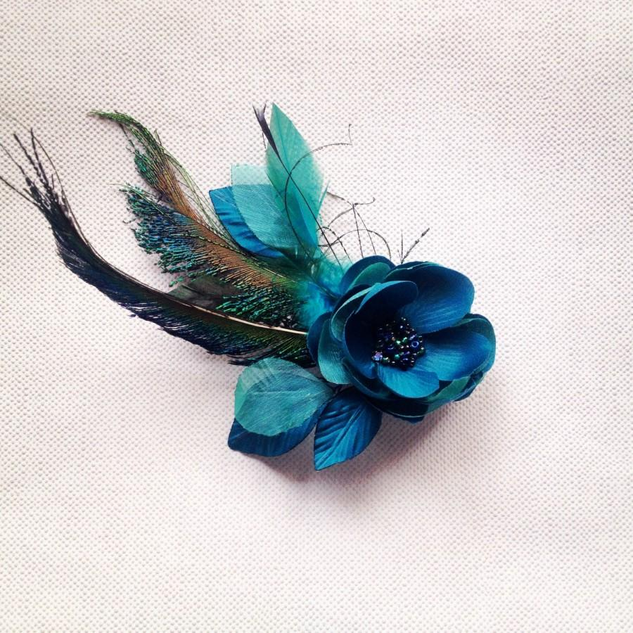 Hochzeit - Teal bridal hair fascinator, Handmade fabric flower, Teal flower pin, Bridesmaids gift, Vintage hair flower, Flower with feathers