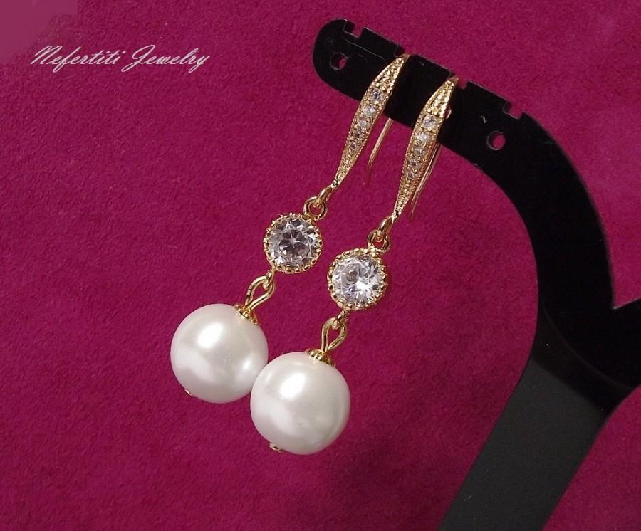 Mariage - gold pearl drop bridal earrings, pearl wedding earrings, bridal jewelry