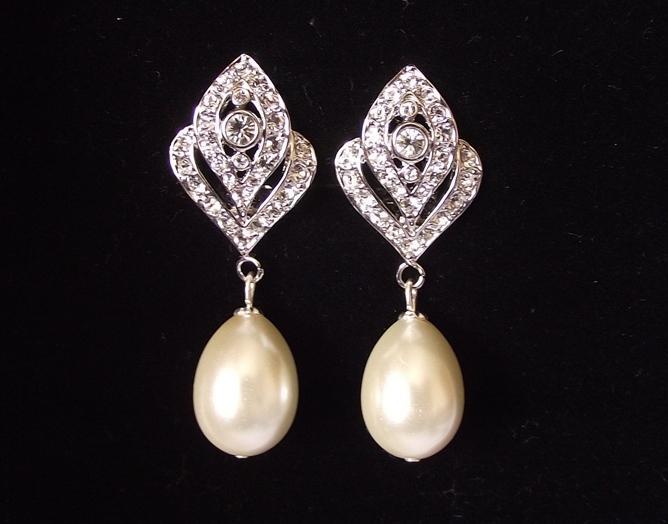 Wedding - Clip on bridal earrings, pearl drop wedding earrings