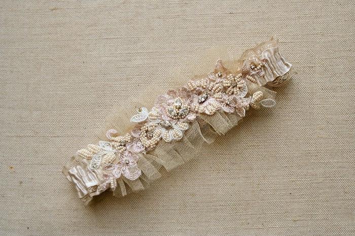 Свадьба - Bridal Garter Wedding Garter Vintage Inspired Lace Garter Beaded Lace Bridal Garter Keepsake Garter Lace Wedding Garter Champagne Gartrer